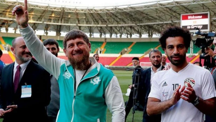 من هو رمضان قديروف الذي منح محمد صلاح المواطنة الشيشانية؟