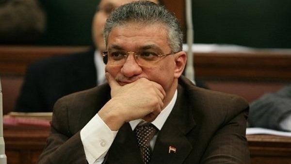تعيين أحمد زكي بدر عضوا بمجلس جامعة المنوفية