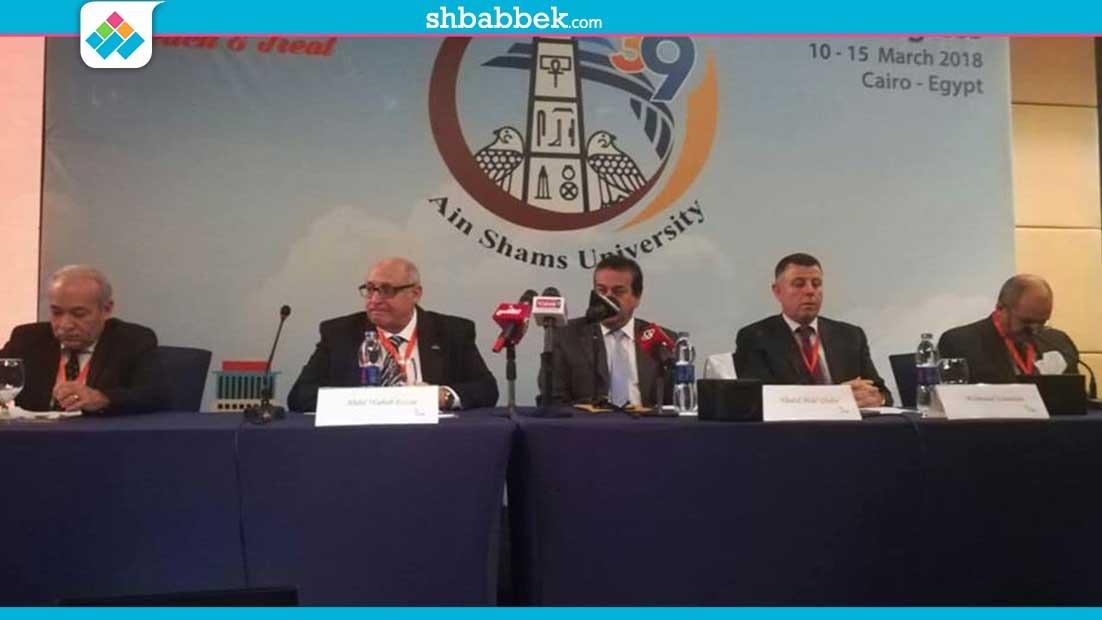 عميد طب عين شمس: أجبرنا الأقسام على المشاركة في مؤتمر الكلية