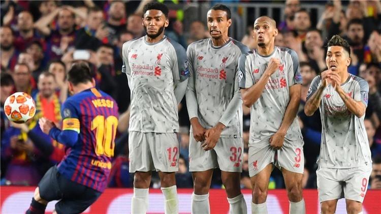 تشكيل ليفربول المتوقع أمام برشلونة اليوم بعد إصابة محمد صلاح