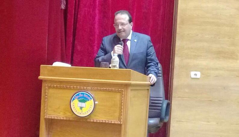 رئيس جامعة طنطا: السيسي مؤسس الدولة الديمقراطية الحديثة