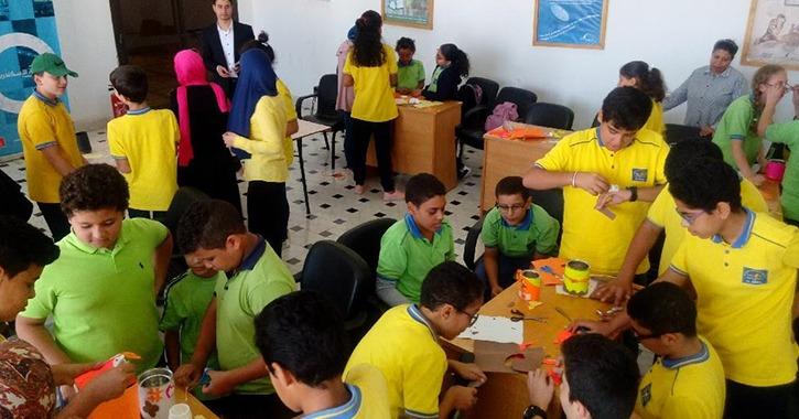سفارة المعرفة بجامعة المنيا تعلم طلاب المدارس صناعات الـ«هاند ميد»