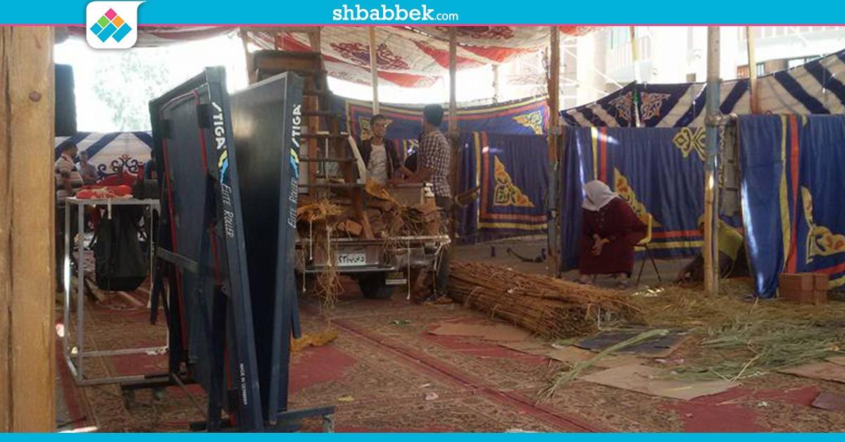 بعد افتتاحه بيوم.. إزالة معروضات مهرجان الأسر الطلابية بالمنصورة (صور)