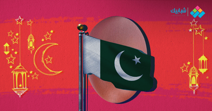 أغرب عادات رمضان.. في باكستان تشتعل حرب البيض المسلوق بالشوارع حتى مطلع الفجر (فيديو)