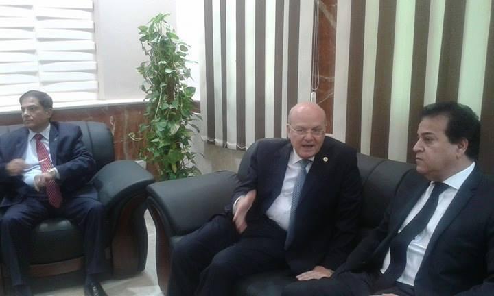 وزير التعليم العالي يفتتح دار الضيافة بجامعة الزقازيق