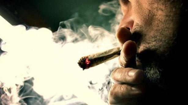 سيجارة حشيش